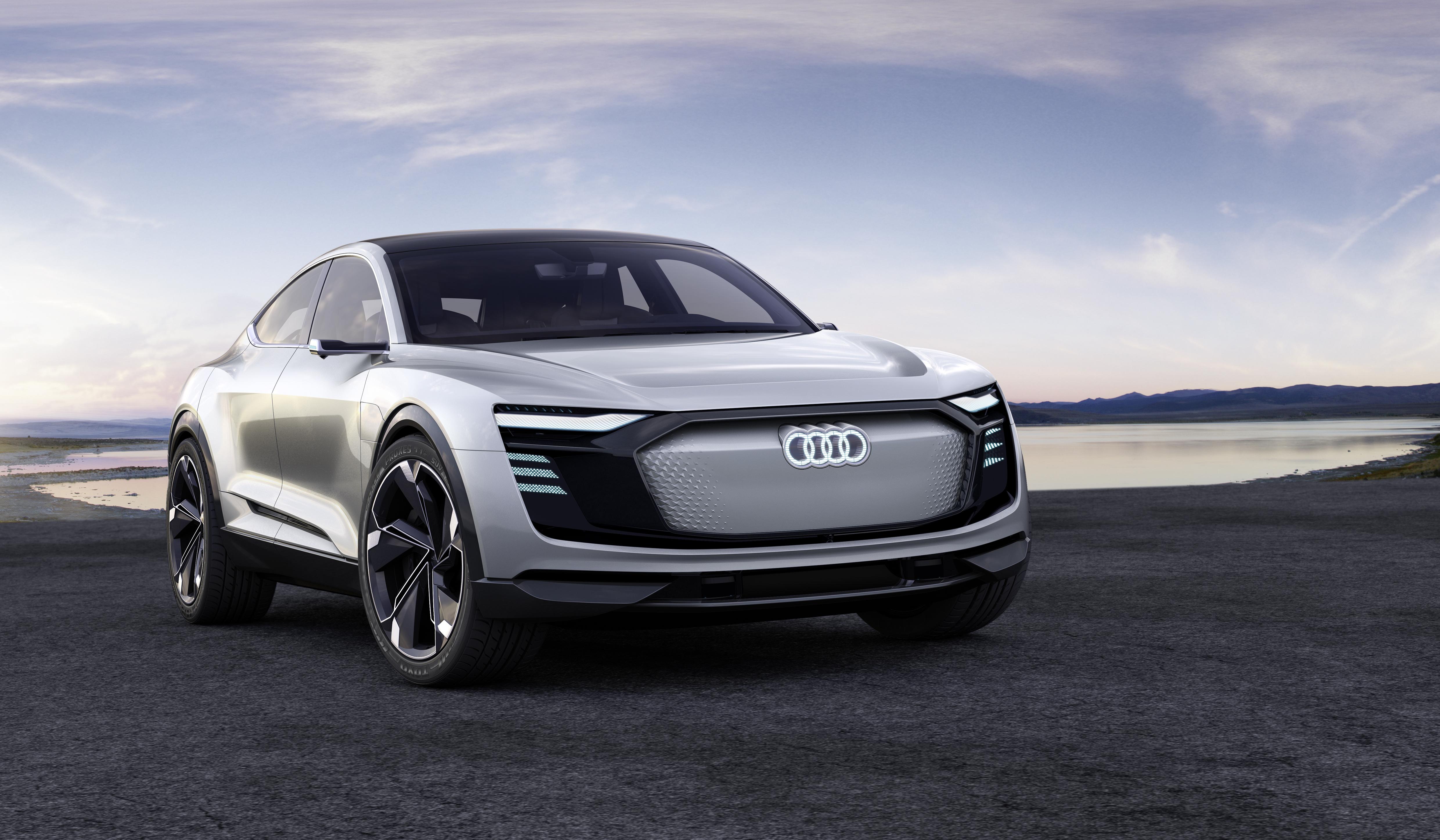 Audi zeigt Elektroauto e-tron Sportback concept