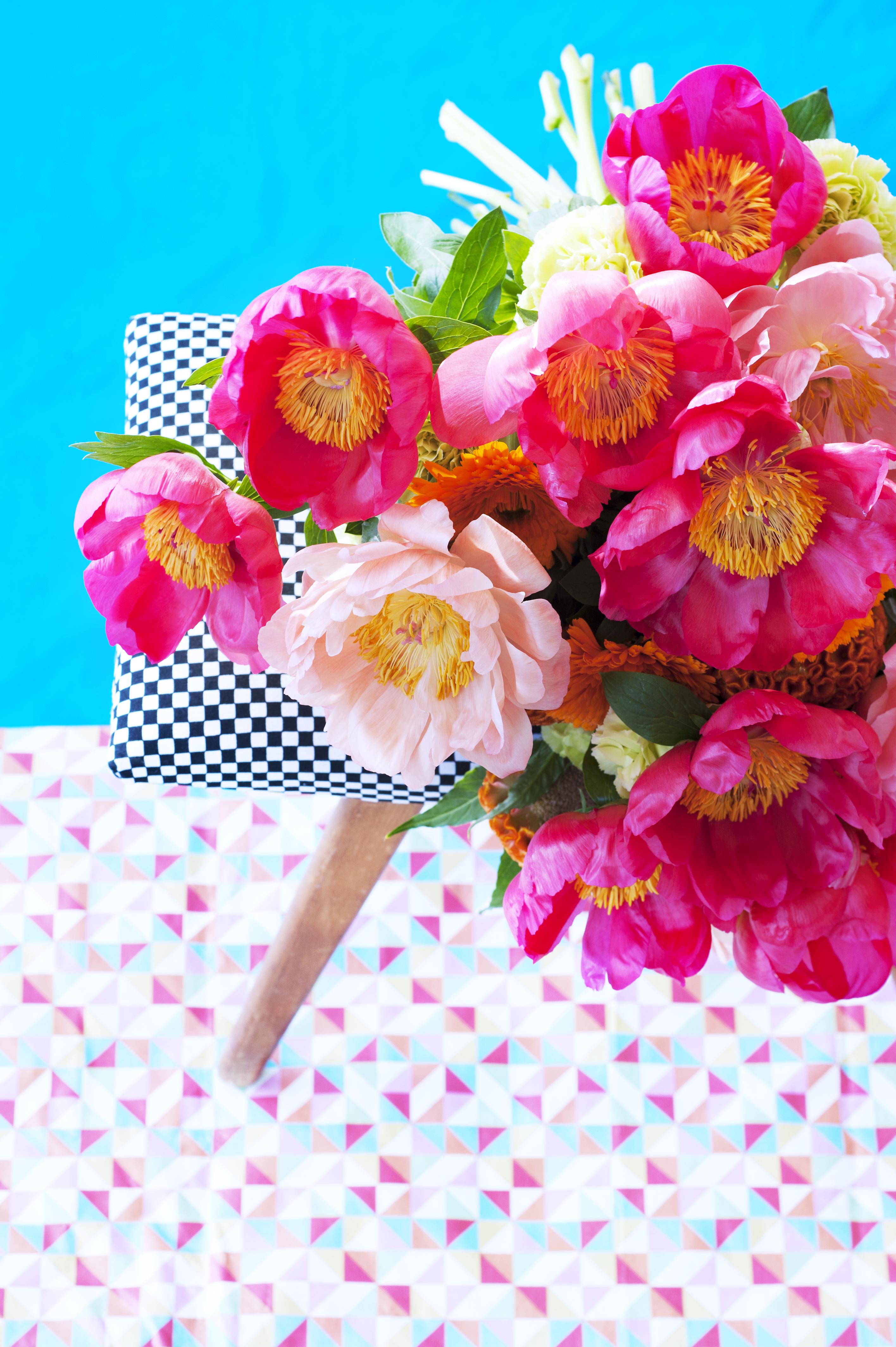 mustermix und kontraste pfingstrosen im farbenspiel die romantische bl tensch nheit mal. Black Bedroom Furniture Sets. Home Design Ideas