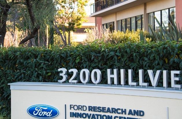 """Ford-Werke GmbH: Ford eröffnet neues Forschungszentrum im """"Silicon Valley"""""""