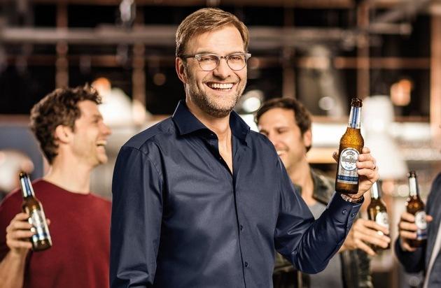 Warsteiner Brauerei: Anstoß: Jürgen Klopp läuft für Warsteiner Alkoholfrei auf / Mit von der Partie: Drei Profis mit individuellen Stärken im Geschmack