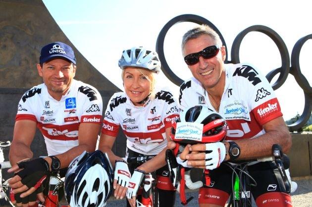 Heather Mills verabschiedet Olympiassieger: Tiroler Charity - Radtour zu den Sommerspielen in London gestartet
