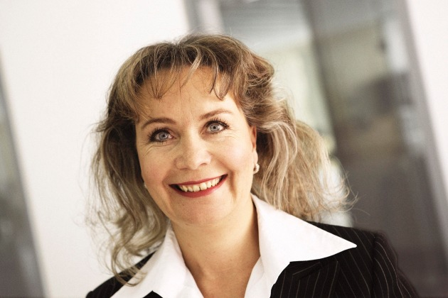 Per la prima volta una donna nella Direzione di Raiffeisen Svizzera - Raiffeisen Svizzera ottimizza le sue strutture organizzative