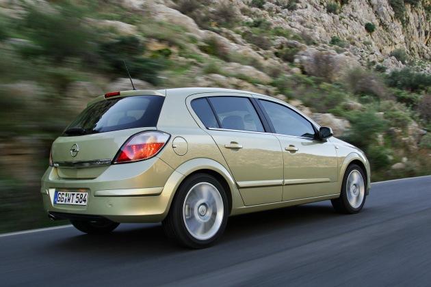 Astra 1.9 CDTI: Die neue Nummer 1 unter den Premium-Dieseln