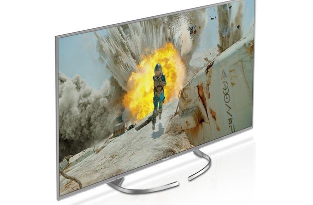 BILD: 4K Innovation mit Eleganz und Flexibilität / Panasonic EXW734 mit verbessertem Panel für hervorragende Bildqualität mit messerscharfen Bewegungen, HDR Multi und Quattro Tuner mit Twin-Konzept (FOTO)