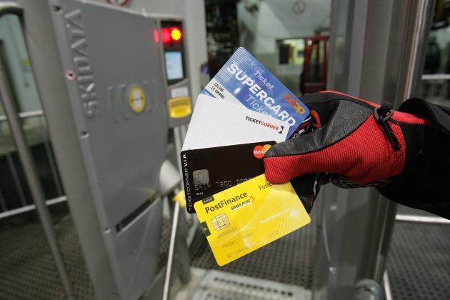 Con Card Ticket, Coop SUPERCARD Ticket, Ticketcorner V.I.P. Card e TCS: Nessuna coda in oltre 50 zone sciistiche