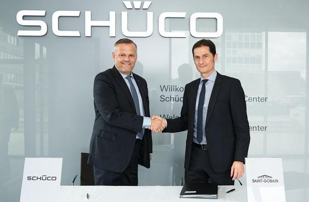 """Schüco International KG: Zukunftstechnologie """"Dynamisches Glas"""": Saint-Gobain und Schüco kooperieren"""