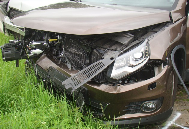 POL-DN: Fahrtrichtungswechsel mit schweren Folgen