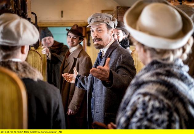 Martin Brambach als Lenin in 18. GMD-Staffel