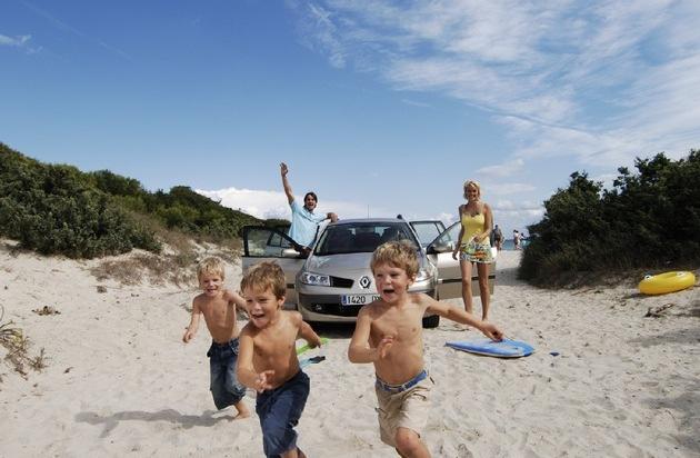 Sunny Cars: Der Mietwagen-Hammer für die Balearen und Kanaren: Sunny Cars ermöglicht Urlaubern Fahrzeug-Anmietung ohne Kaution