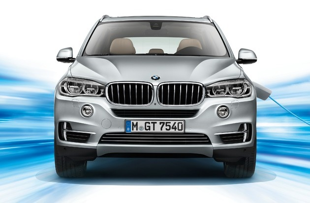 BMW Group: Der BMW X5 xDrive40e