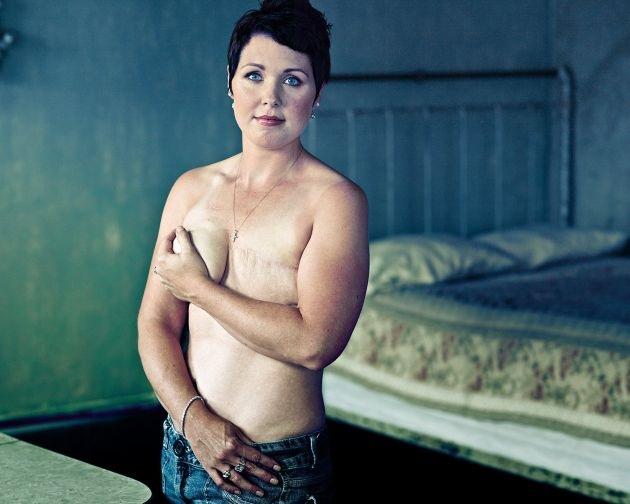 """Ein Tag für starke Frauen: sixx präsentiert den """"Tag der Heldinnen"""" am 2. Oktober 2012 / """"Emmy""""-prämierte Doku """"Baring It All"""" in deutscher Erstausstrahlung"""