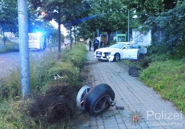POL-PPWP: Kaiserslautern: Betrunken Unfall gebaut und abgehauen
