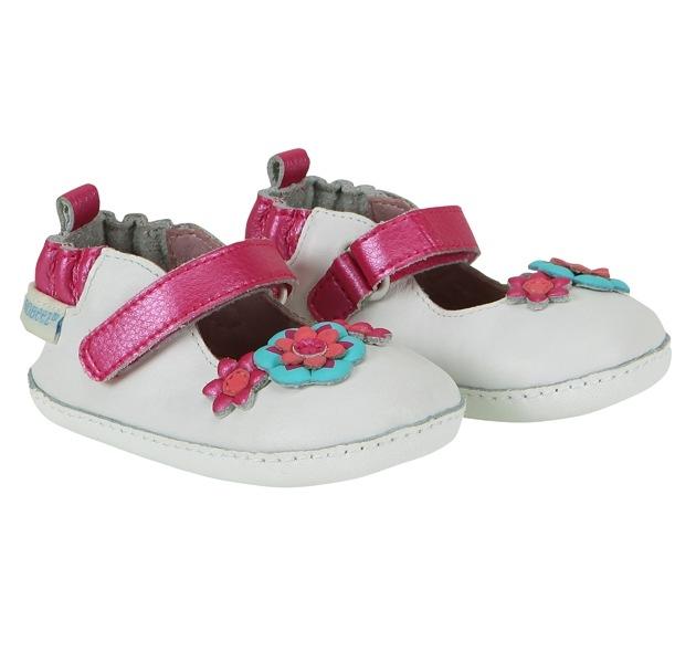 Robeez annuncia il ritiro spontaneo delle scarpe per bambini in Europa