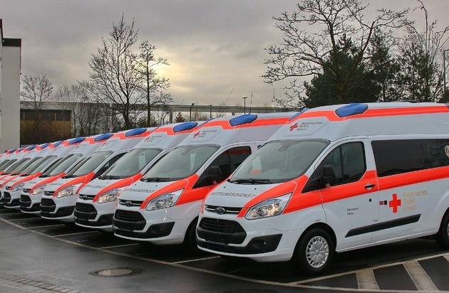"""Ford-Werke GmbH: 500. Ford Transit """"Bayern Krankentransportwagen"""" übergeben"""