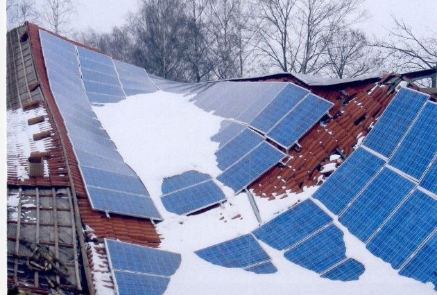 Sommer, Sonne, Solarstromzeit - Nicht jede Photovoltaik-Anlage hält, was sie verspricht / 5-Punkte-Checkliste und ein neuer Flyer für einen dauerhaften Betrieb