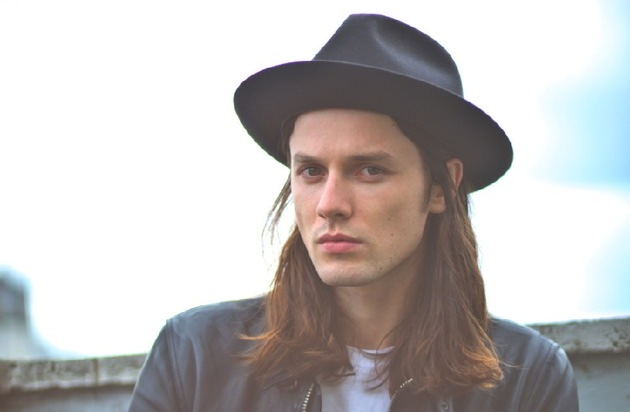 Universal International Division: UK-Shootingstar James Bay erobert mit Debütalbum weltweit die Charts + zu Gast beim ECHO 2015
