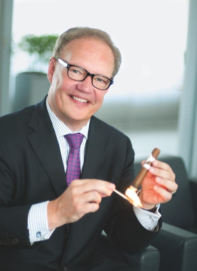 Davidoff annonce partenariat de premier plan avec Art Basel / La grande marque exclusive suisse de cigares rejoint le cercle prestigieux de sponsors d'Art Basel