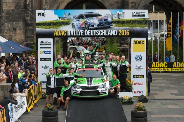 Siegesserie fortgesetzt: SKODA feiert Vierfacherfolg bei der Rallye Deutschland