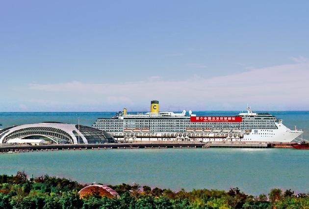 Erste chinesische Kreuzfahrt um die Welt startete in Shanghai auf der Costa Atlantica