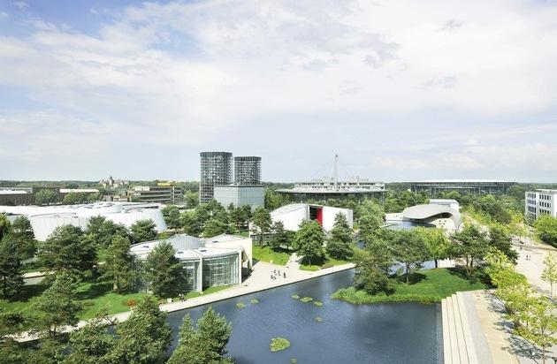 Autostadt GmbH: 15 Jahre: Die Autostadt in Wolfsburg feiert Geburtstag
