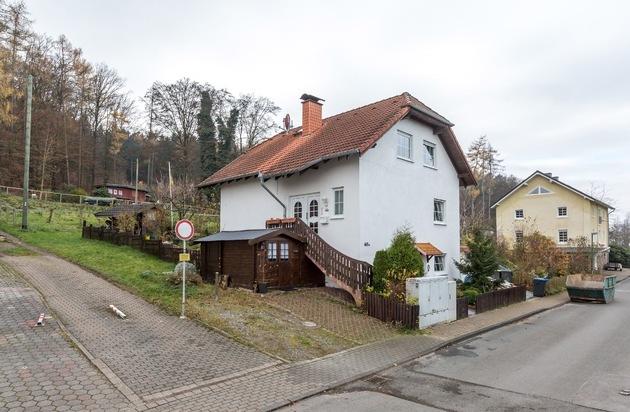 ISOTEC GmbH: Wenn auf den Hauskauf der Schock folgt / Familie Spanel kaufte Objekt mit schwerem Schimmelpilzschaden