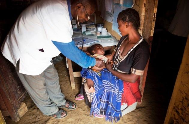 Medair: Tag der Humanitären Helfer 2015 - Medair-Helfer riskieren täglich ihr Leben in einer der schlimmsten humanitären Krisen: die DR Kongo #sharehumanity