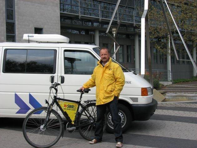 Ein Mann, ein Rad, ein Land
