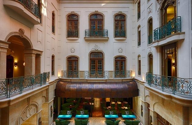 Seaside Hotels GmbH & Co KG: Metamorphose: Fünf-Sterne-Boutique-Hotel Gewandhaus Dresden wiedereröffnet / Das Gewandhaus Dresden erstrahlt als Fünf-Sterne-Boutique-Hotel im neuen Gewand