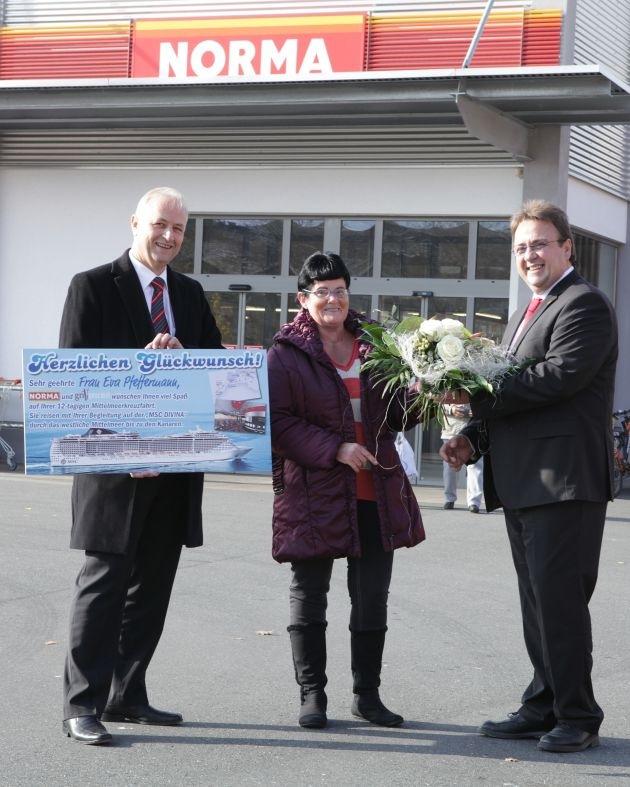 Glückliche Gewinnspiel-Siegerin / NORMA Grillgourmet: Forchheimerin geht mit NORMA auf große Traum-Kreuzfahrt