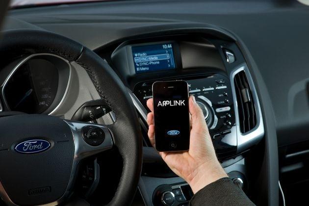 Neuer Ford EcoSport in Europa mit Ford SYNC AppLink erhältlich - mobiles Musikstreaming über Spotify