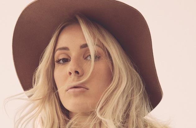 """Universal International Division: Ellie Goulding veröffentlicht neues Album """"Delirium"""" am 06. November und kündigt Deutschlandtour für 2016 an"""