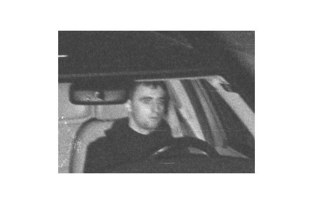 POL-DN: 0406071Polizei fahndet mit Fotos nach Pkw-Dieben