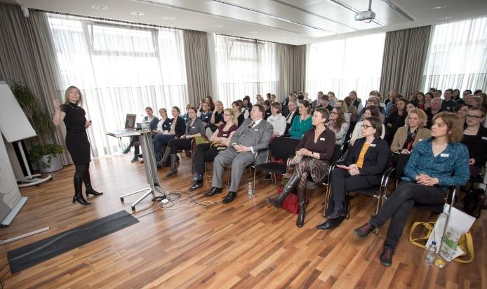 """""""Multimedia, Mobile und Multichannel stimmig inszenieren"""" - Erfolgreiche Veranstaltungsreihe """"Recherche 2014"""" geht zu Ende"""
