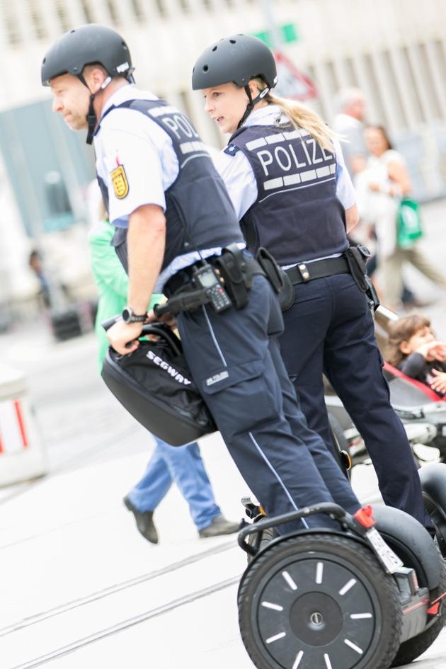 POL-FR: + + +   Sicherheitspartnerschaft Freiburg - Segway in Freiburg im Einsatz   + + +