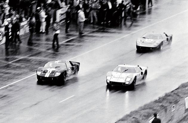 Ford-Werke GmbH: Ford GT40-Fahrer Chris Amon erinnert sich an seinen großen Le Mans-Sieg von 1966