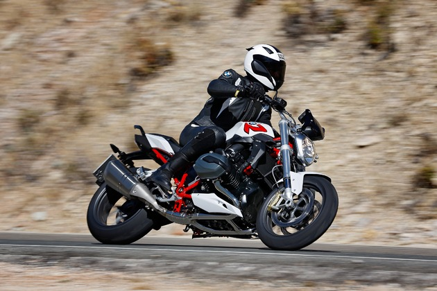 BMW Motorrad achieves record sales in 2014 / Sales increase by 7.2% to over 120,000 vehicles