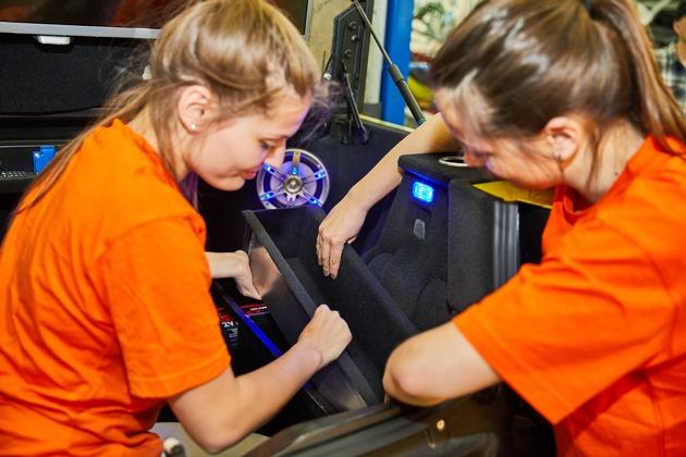 SKODA ELEMENT: SKODA Auszubildende bauen Elektro-Buggy