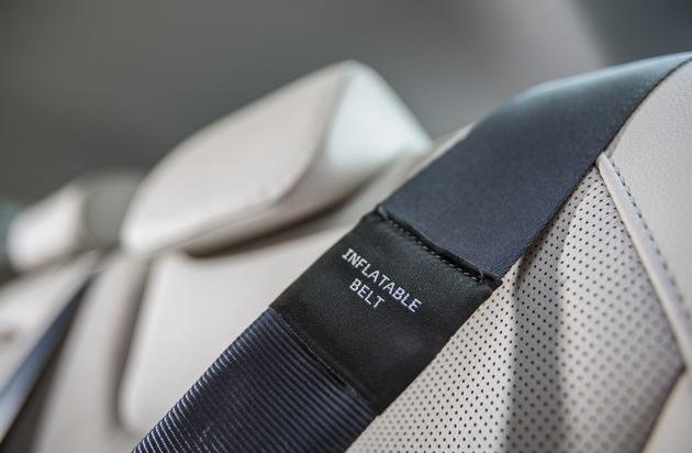 Ford-Werke GmbH: Ford-Umfrage zeigt: Über ein Drittel aller Europäer ignorieren die Gurtpflicht auf Rücksitzen