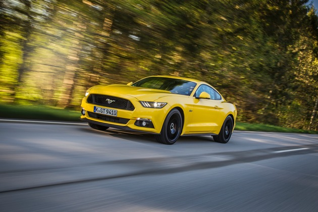 Ford Performance Days: Exklusive Fahrsicherheitstrainings mit dem Ford Mustang GT Fastback