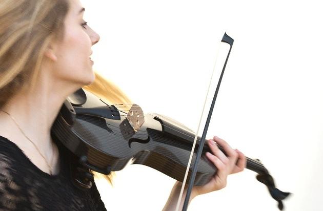 mezzo-forte Streichinstrumente: Deutscher Musikinstrumentenpreis 2015: Eine Carbonvioline gewinnt