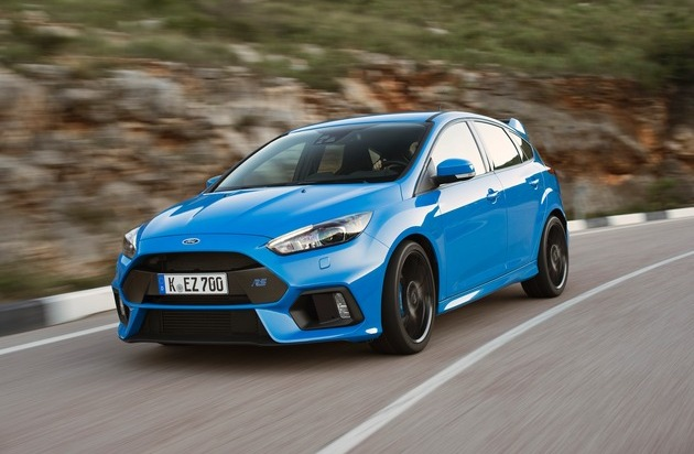 "Ford-Werke GmbH: Experten-Jury der ""Vehicle Dynamics International"" wählt Ford Focus RS zum ""Car of the Year 2016"""