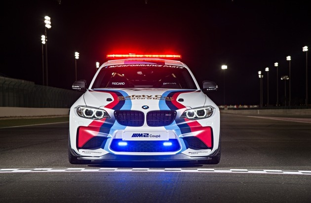 "BMW Group: ""Official Car of MotoGP[TM]"": BMW M startet mit dem neuen BMW M2 MotoGP Safety Car in die Saison 2016"