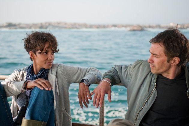 """Ein echtes """"HaiLight"""": Haifisch-Spezialwoche bei kabel eins ab 22. September 2014 / Free-TV-Premiere von """"Dark Tide"""" mit Halle Berry und Olivier Martinez und Dokus rund um den Schrecken der Meere"""