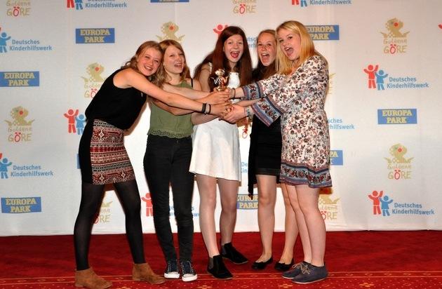Deutsches Kinderhilfswerk e.V.: Schülerprojekt für Flüchtlingskinder aus Prenzlau gewinnt die Goldene Göre des Deutschen Kinderhilfswerkes