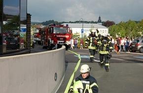 Feuerwehr Attendorn: FW-OE: Feuer im Keller eines Hotelbetriebes
