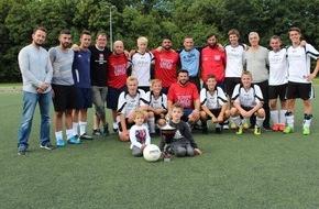 """Kreispolizeibehörde Ennepe-Ruhr-Kreis: POL-EN: Ennepe-Ruhr-Kreis - Moscheeverein Schwelm gewinnt Fußballturnier des """"AK Polizei und Muslime"""""""