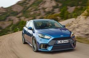Ford-Werke GmbH: Serienmäßig 350 PS stark: Ken Block lässt den neuen Ford Focus RS in Goodwood erstmals von der Leine