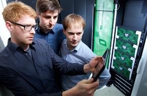 HPI Hasso-Plattner-Institut: CeBIT: Hasso-Plattner-Institut demonstriert Leistungsvergleich von Höchstgeschwindigkeits-Datenbanken / Unternehmen können effizientestes IT-System ermitteln