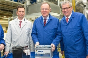 Johnson Controls Power Solutions EMEA: Johnson Controls steigert aufgrund wachsender Nachfrage die Produktion kraftstoffeffizienter Start-Stopp-Batterien in Hannover (FOTO)