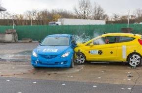 AXA Konzern AG: Crashtests 2014: Vom Sicherheitsgurt zum Autopiloten - mehr Technik, weniger Tote? (FOTO)